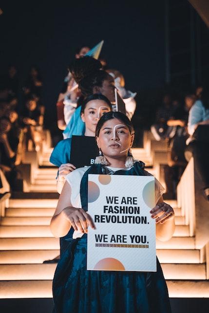 Cos'è la moda sostenibile? Una spiegazione facile