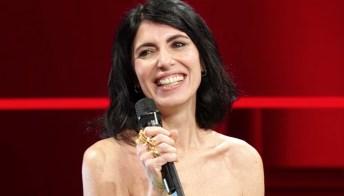 Top 10, torna Conti, ma vince Giorgia: il suo look accende la serata