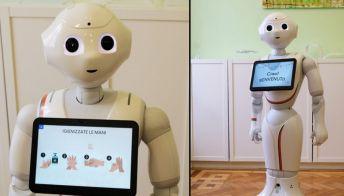 Un robot per aiutare i bambini autistici: Pepper, che sorride e li fa socializzare