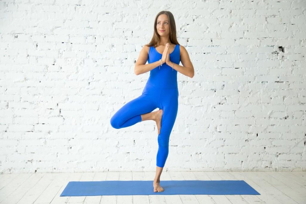 posizione yoga Albero
