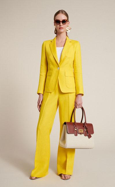 Il tailleur giallo