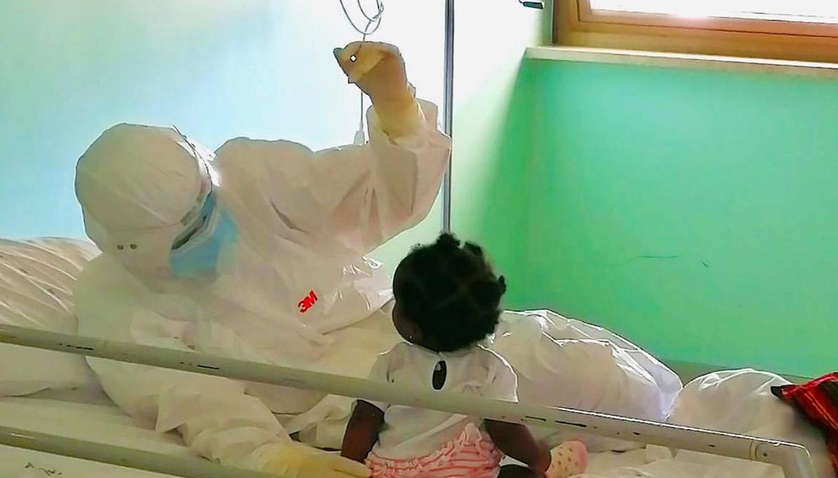 L'infermiera Francesca e la bambina di Lecce
