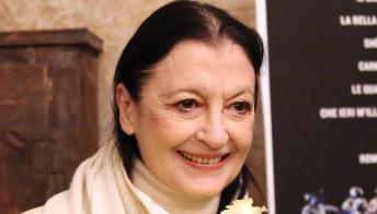 L'ultimo saluto a Carla Fracci, i momenti toccanti della cerimonia