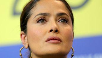 Salma Hayek ha rischiato di morire per Covid: la sua confessione