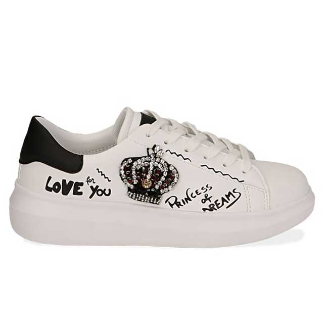sneakers regina