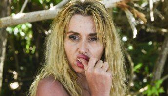 """Supervivientes: la Marini sotto accusa, tra furti di shampoo e pipì """"fuori luogo"""""""