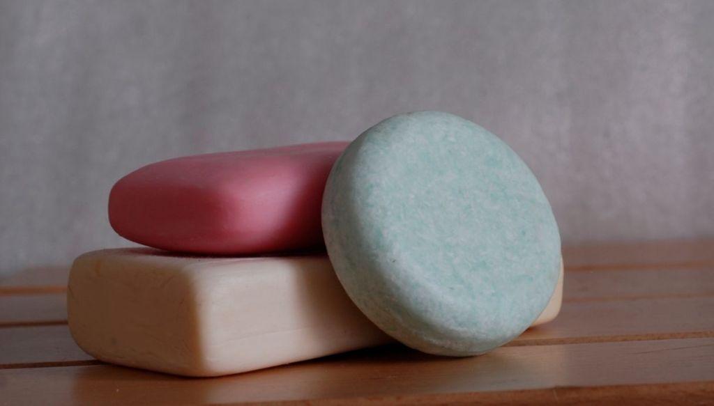 Shampoo solido balsamo solide saponette
