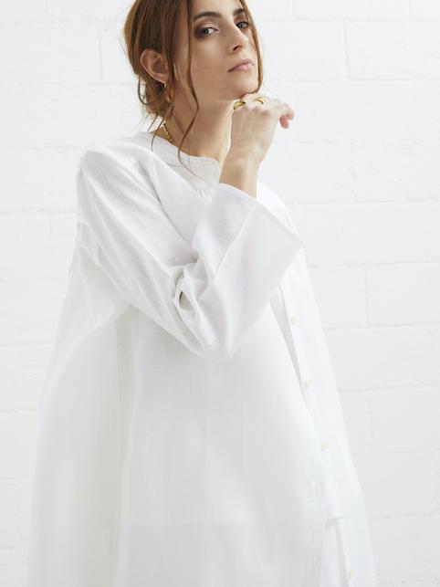 Lino: come indossare il tessuto più estivo che c'è