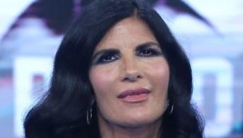 """Pamela Prati chiede il silenzio su Mark Caltagirone: """"Ho pensato di farla finita"""""""