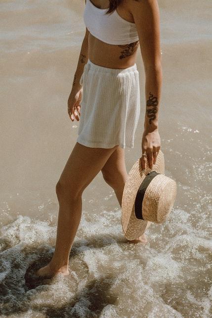 Summer essentials: gli accessori immancabili da spiaggia
