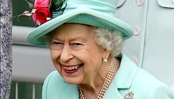 La Regina finalmente al Royal Ascot, l'arrivo a sorpresa per la chiusura