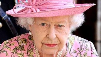 La Regina perdona la gaffe di Joe Biden: c'è chi ha fatto di peggio