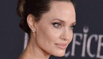 Angelina Jolie e Brad Pitt ora litigano anche per il vino