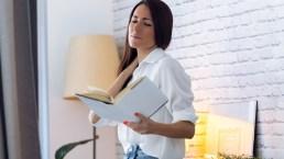Come prevenire il mal di cervicale mentre si legge