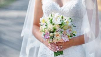 Matrimonio: le cinque nuove tendenze, dall'abito da sposa alle acconciature floreali