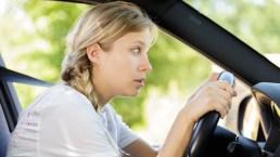 Corretta postura alla guida: consigli ed esercizi