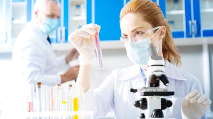 Donne con tumore al seno, test genomici gratuiti in tutta Italia