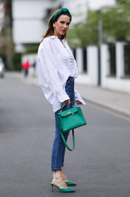 Jeans e camicia: il classico che non stanca mai
