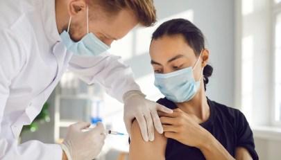 Vaccinazione Covid-19, come comportarsi in casi particolari e in presenza di controindicazioni