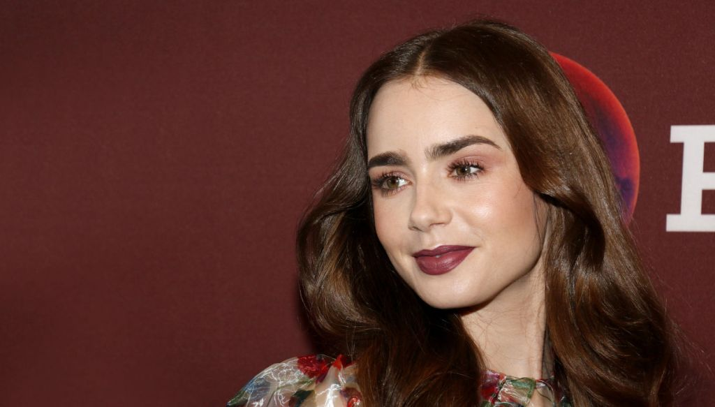 Lily Collins, donna inverno cool