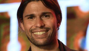 Luca Onestini dimentica Ivana Mrazova: il bacio in un nuovo reality