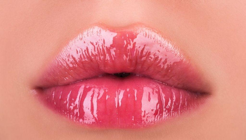 labbra carnose lucidalabbra lipgloss