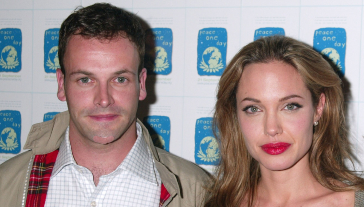 Angelina Jolie e Jonny Lee Miller